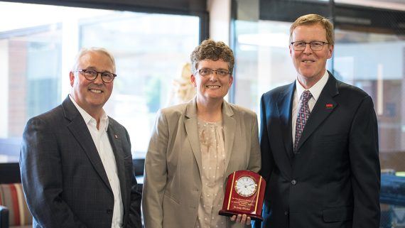 From left, Chancellor Randy Woodson, Jody Gookin, Dean Paul Lunn. Photo by Nathan Latil/NC State Veterinary Medicine